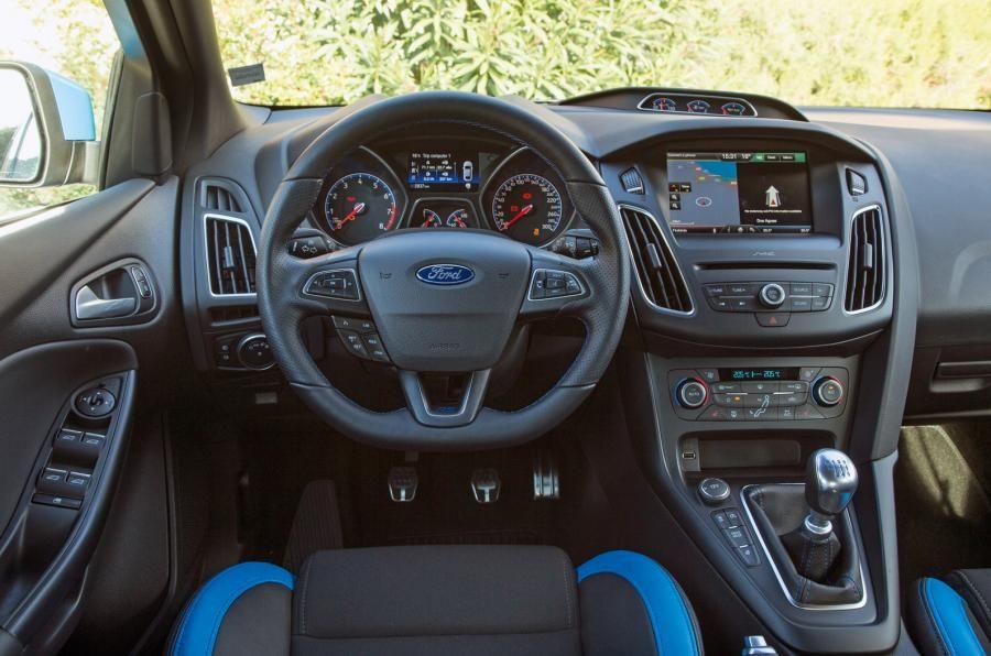 Résultats de recherche d'images pour « ford focus rs interior ...