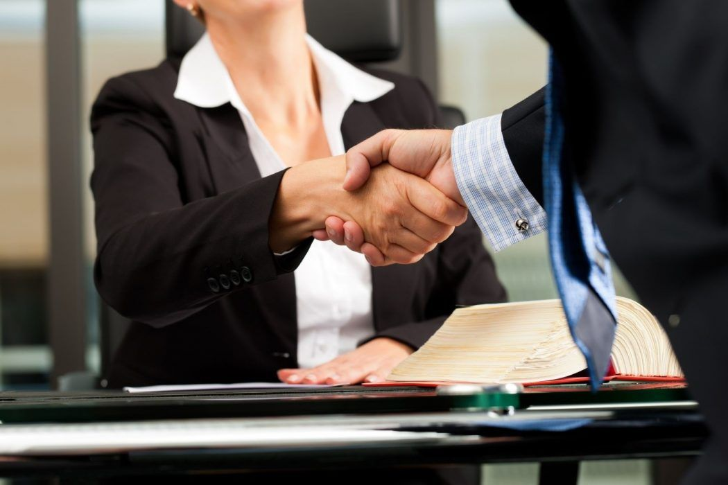 5 Tips to Hire the Best Corporate Lawyer