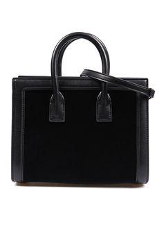 Túi xách Cellini màu đen phối da lộn hình chữ nhật size nhỏ - Túi xách Cellini màu đen phối da lộn hình chữ nhật size nhỏ cao cấp, mẫu mã đẹp. Giá tốt nhất tại Adayroi. Cam kết chất lượng. Giao hàng miễn phí trong 6 tiếng. Mua ngay!  - http://kepgiay.com/uu-dai/tui-xach-cellini-mau-den-phoi-da-lon-hinh-chu-nhat-size-nho/