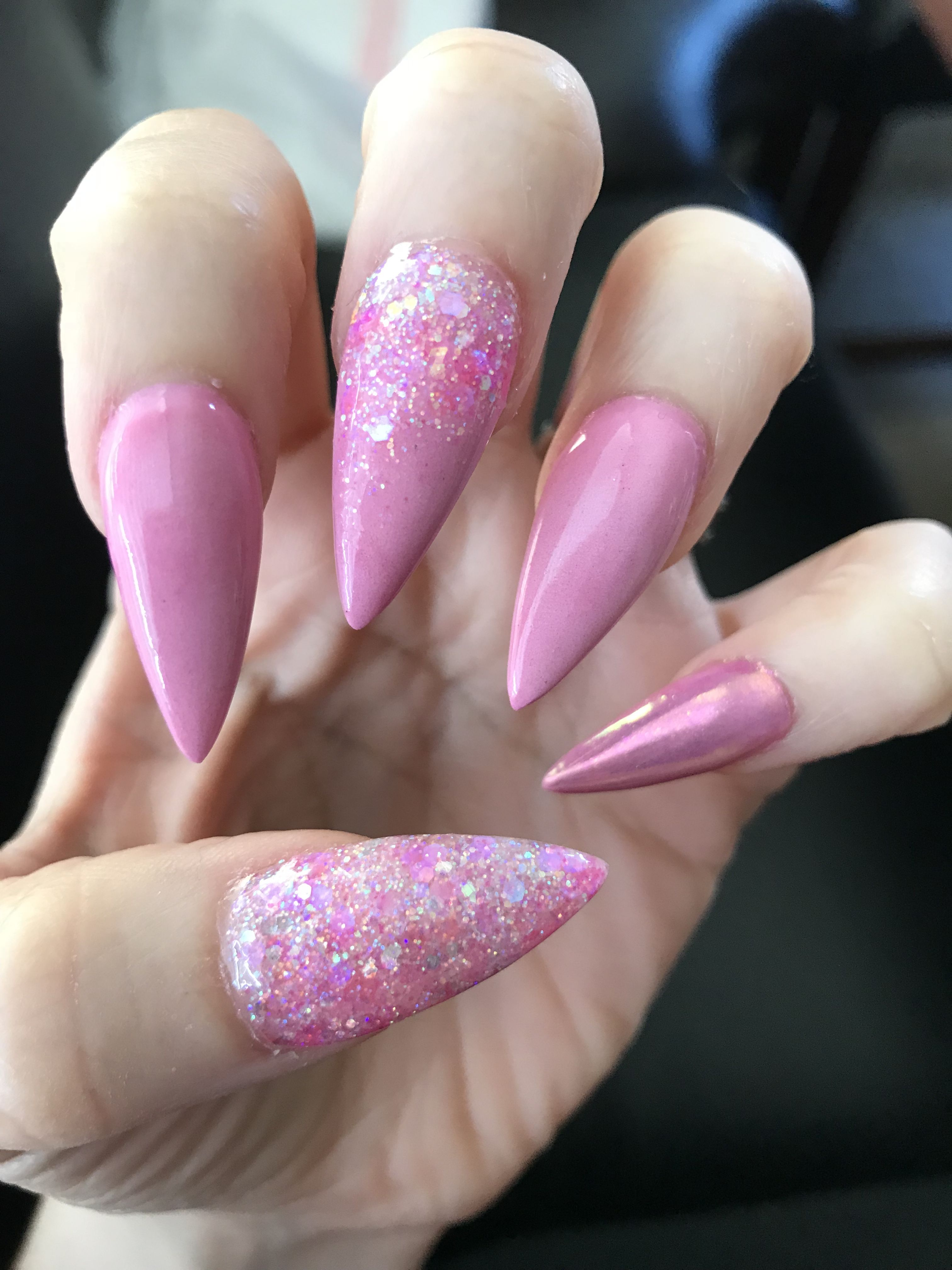 Pink Stiletto Nails Acrylic Nails By Lourdes Merced Ca 209 Pink Glitter Chrome Pink Acrylic Nail Shapes Pink Stiletto Nails Long Stiletto Nails