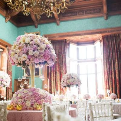 Design of Red Floral Architecture with Sweet Avalanche and Avalanche+. Photo by Lesley Meredith  Photography