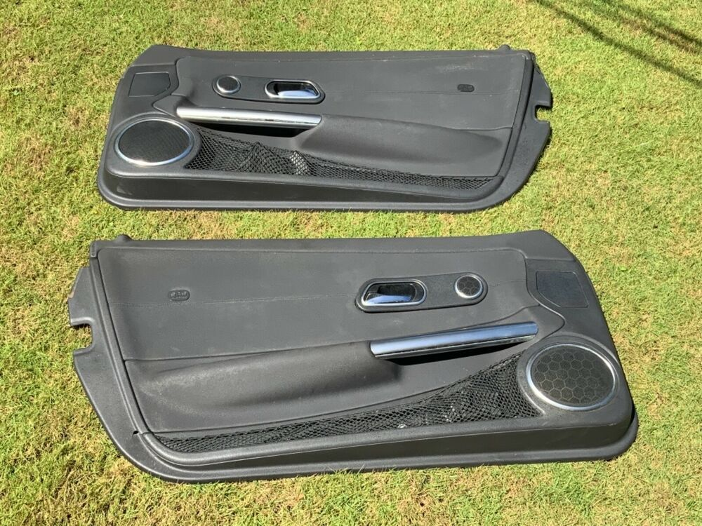 04 08 Chrysler Crossfire Door Panels Pair Left Right Oem Oem Chrysler Crossfire Crossfire Chrysler