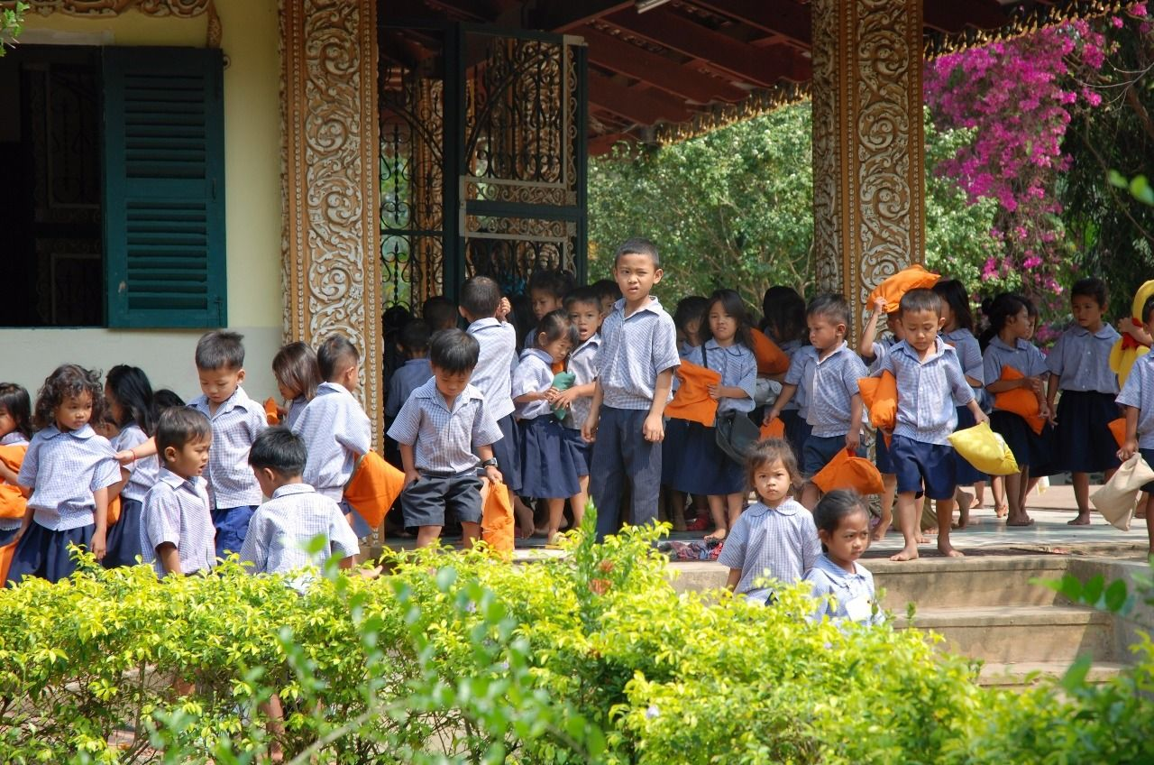 """""""Rest time over"""" by TravelPod blogger mrsdee from the entry """"Battambang to Svay Sisiphon"""" on Tuesday, February  2, 2016 in Svay Sisiphon, Cambodia"""