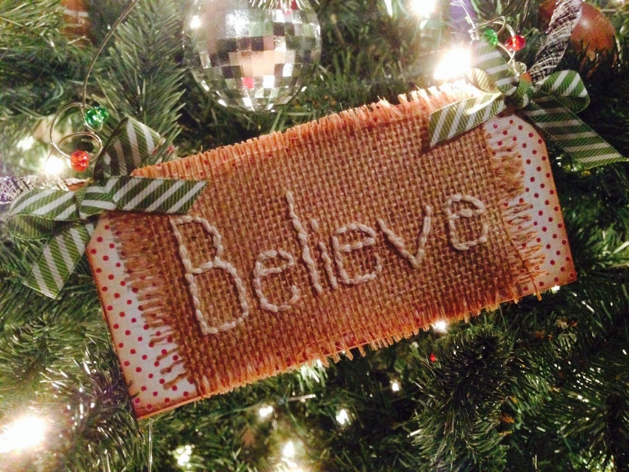 Holly jolly christmas series ep 17 burlap ornament all stitched up holly jolly christmas series ep 17 burlap ornament all stitched up solutioingenieria Gallery