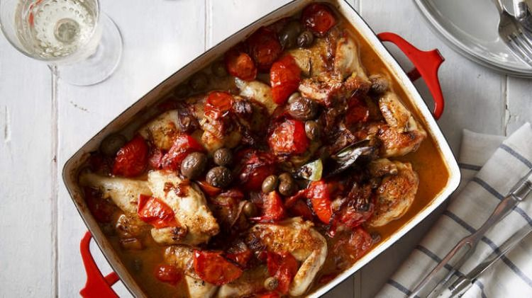 Baked Chicken With Tomato Sherry Fennel Seeds Bay And Olives