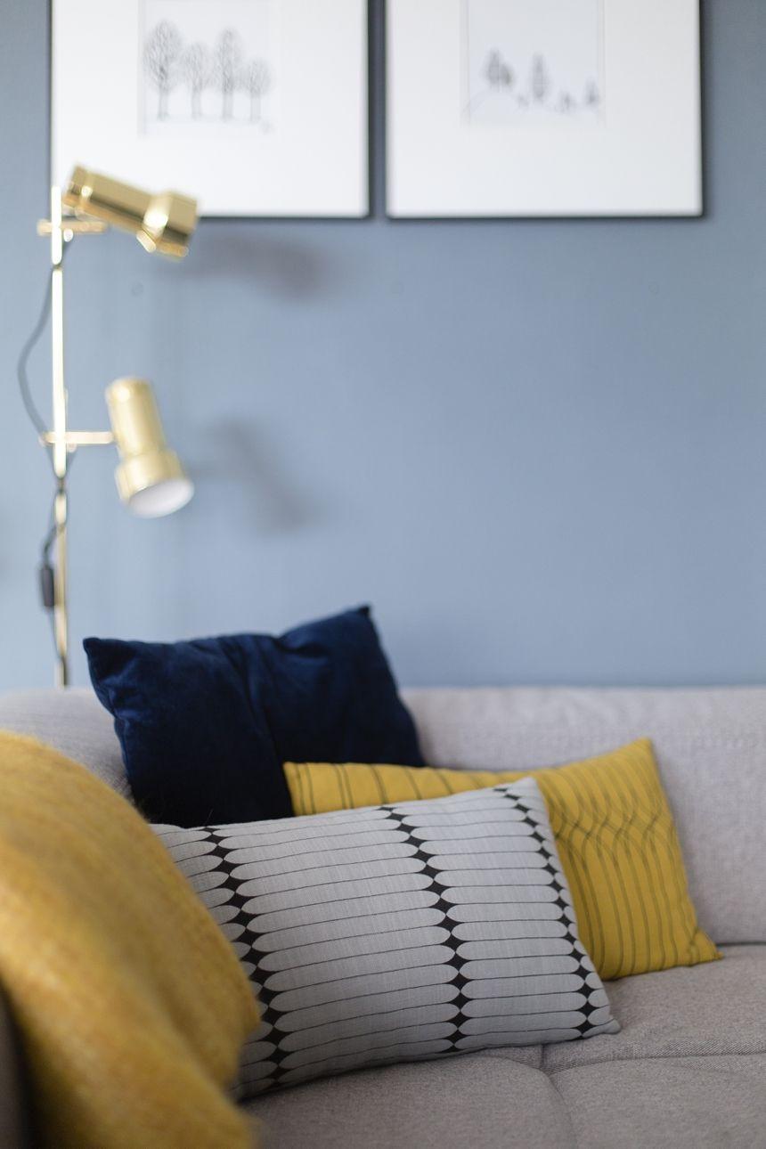 eine blaue wand f r das wohnzimmer wohnideen anderer blogger pinterest. Black Bedroom Furniture Sets. Home Design Ideas
