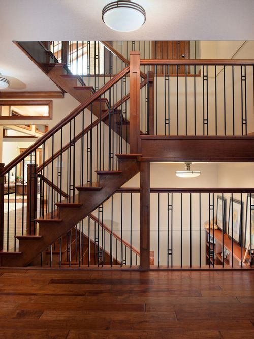 Wood Mix With Iron Staircase Railing
