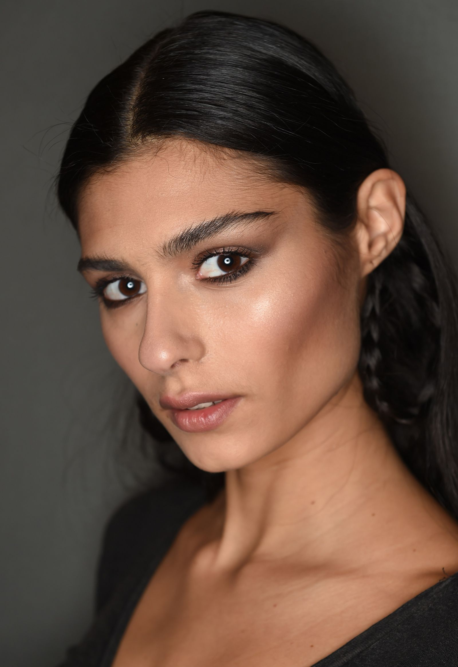 12 Of The Best Blushers For Olive Skin Tones in 2020 (With