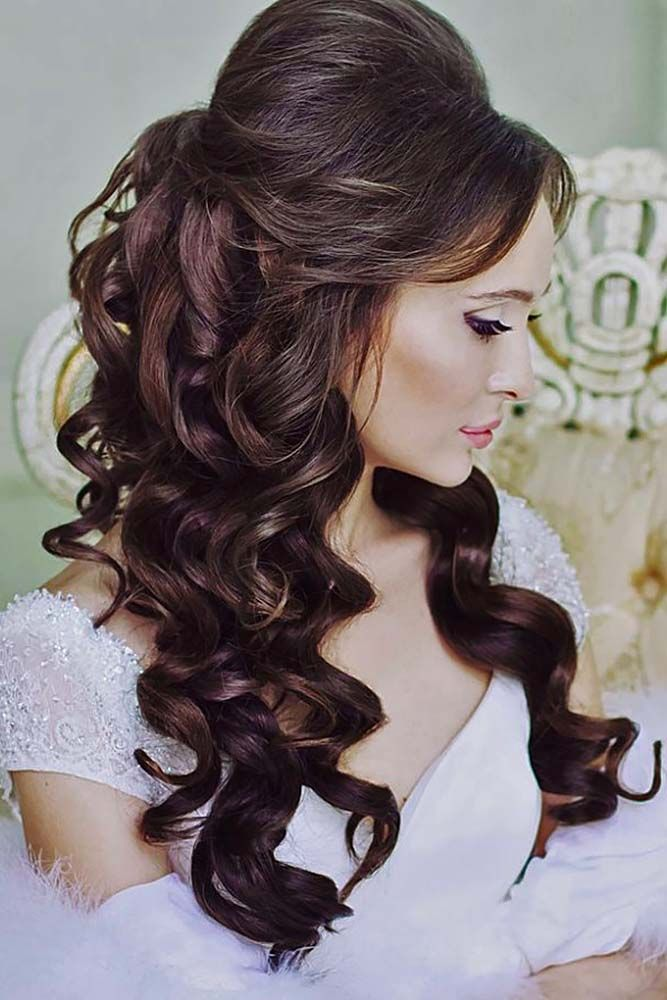 Hairstyles For Curly Hair For Engagement Curly Engagement Hairstyles Hairstylesforcurlyhair Engagement Hairstyles Long Hair Styles Wedding Hair Down
