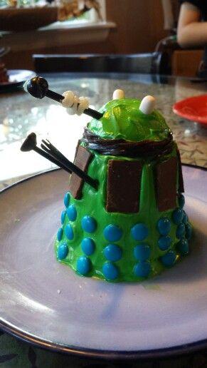Dr Who - Green Dalek Cupcake