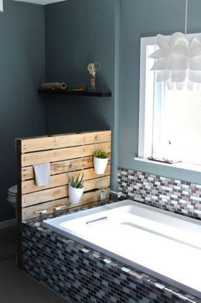 1000 images about bathroom on pinterest driftwood shelf driftwood planters and drift wood - Separation Baignoire Wc