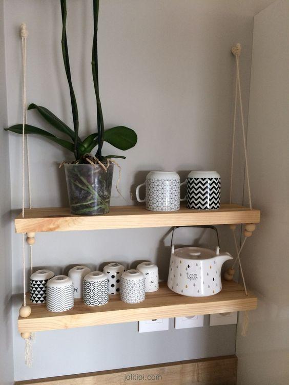 tag re suspendue en bois corde et perles mon diy d corations murales hanging shelves. Black Bedroom Furniture Sets. Home Design Ideas