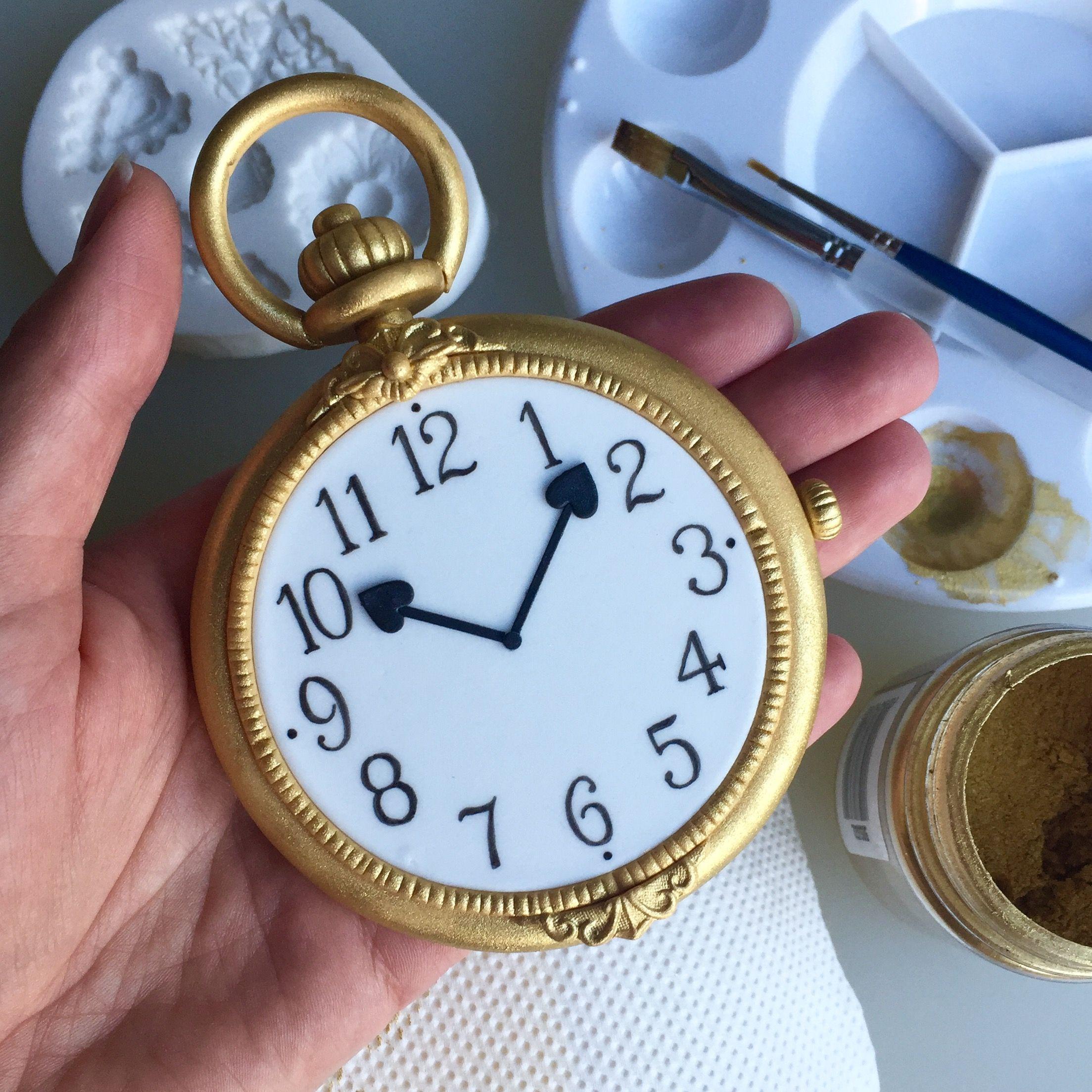 Pin By Gagan Sampla On Clocks: Alice In Wonderland Fondant Watch