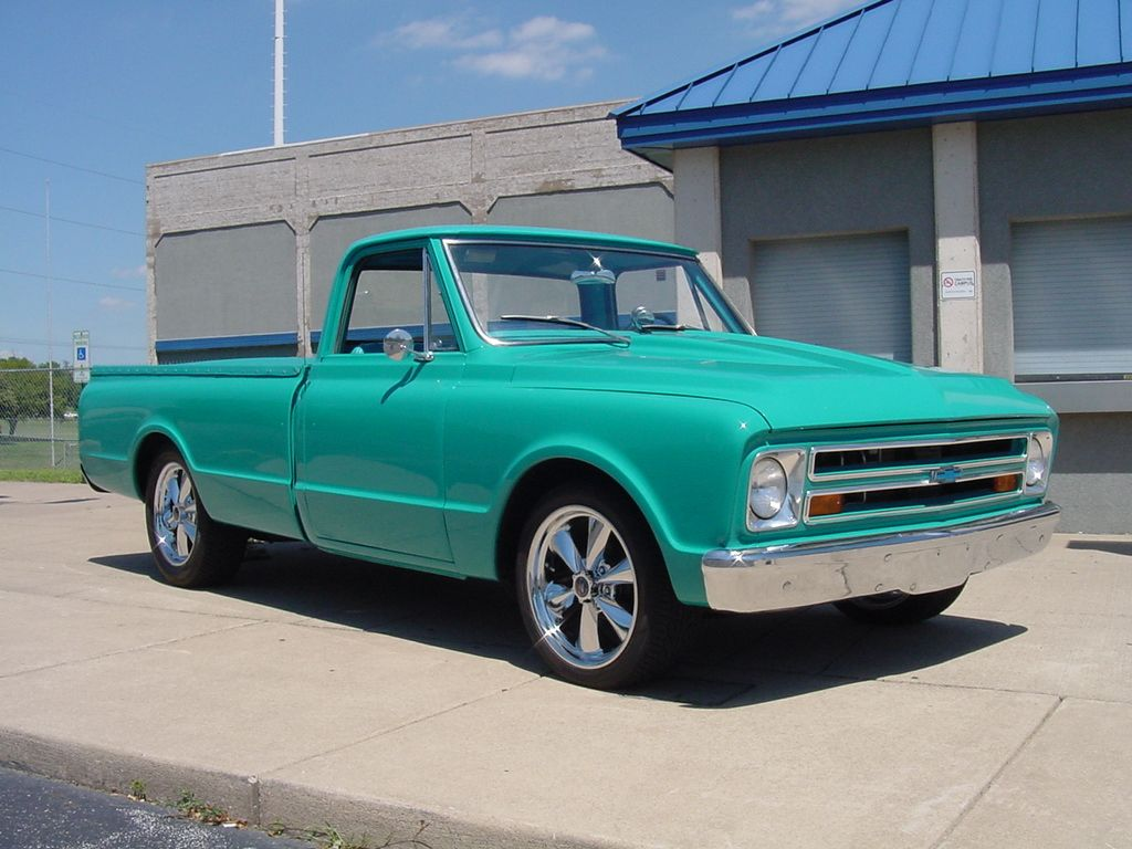 1967 Chevrolet C-10 Pickup @Sandra Pendle Prast, better yet a GMC in