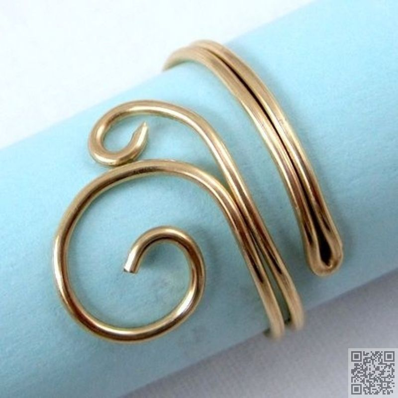8. #Folded Wire Ring - 29 Super Cool Diy Wire Jewelry #Pieces That ...