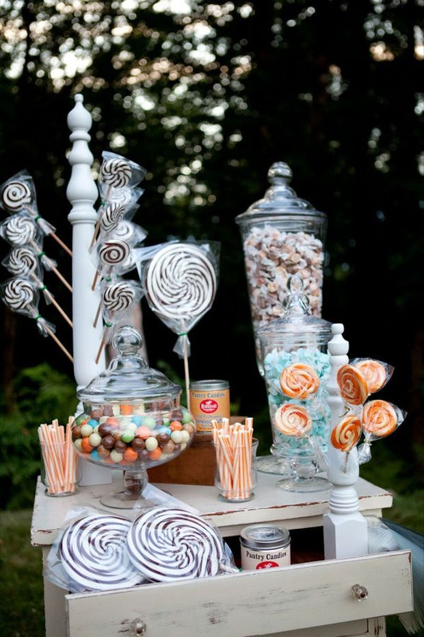 comment faire un candy bar bonbons quantit decoration goreception candy bar. Black Bedroom Furniture Sets. Home Design Ideas