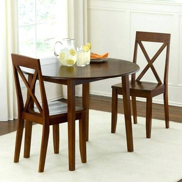 Discontinued Rooms To Go Dining Furniture In 2020 Small Dining
