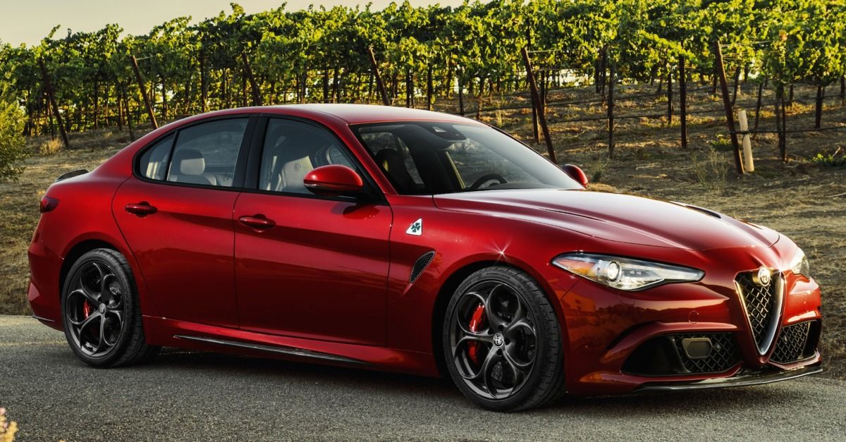 Alfa Romeo Giulia 0 60 >> Alfa Romeo S Giulia Is So Fast It Ll Fix Your Posture For
