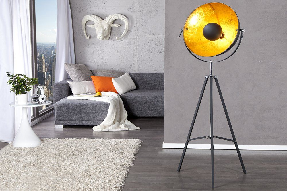 moderne design stehlampe studio schwarz gold lampe
