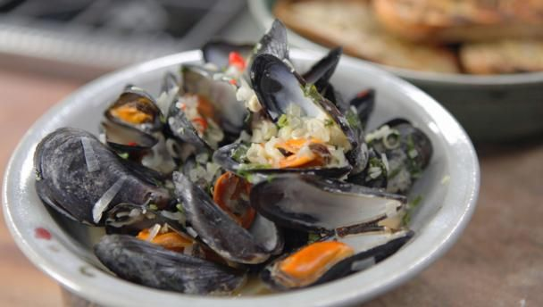 Lemongrass and ginger mussels recipe mussels sauces and food lemongrass and ginger mussels seafood stewseafood saladclean eating fishbbc recipesjames martinasian forumfinder Gallery