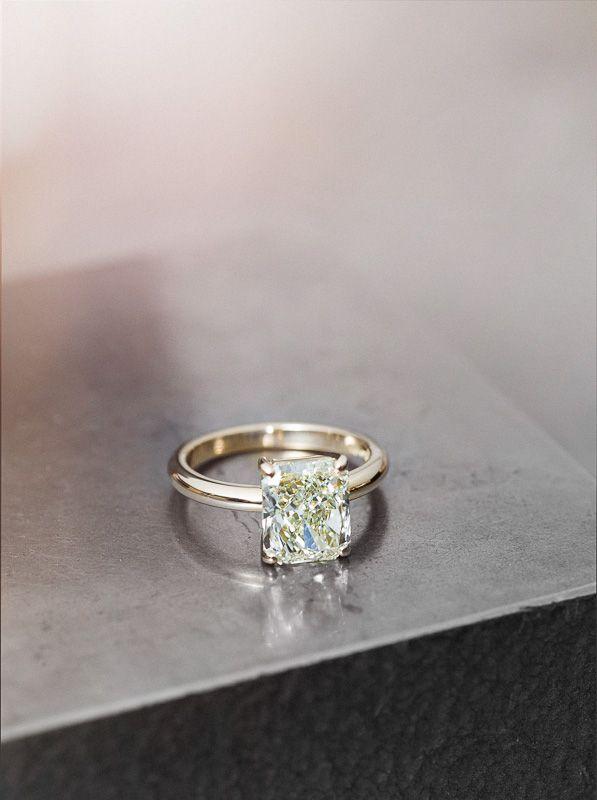 Diamond & gold #ateliertorbjorntillander #jewellery #jewelry