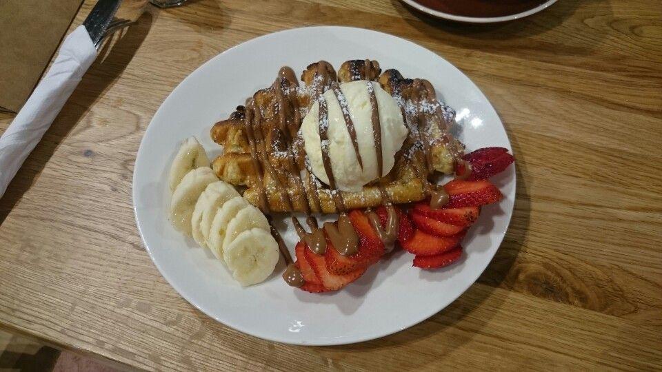 Belgium Fruit Waffle