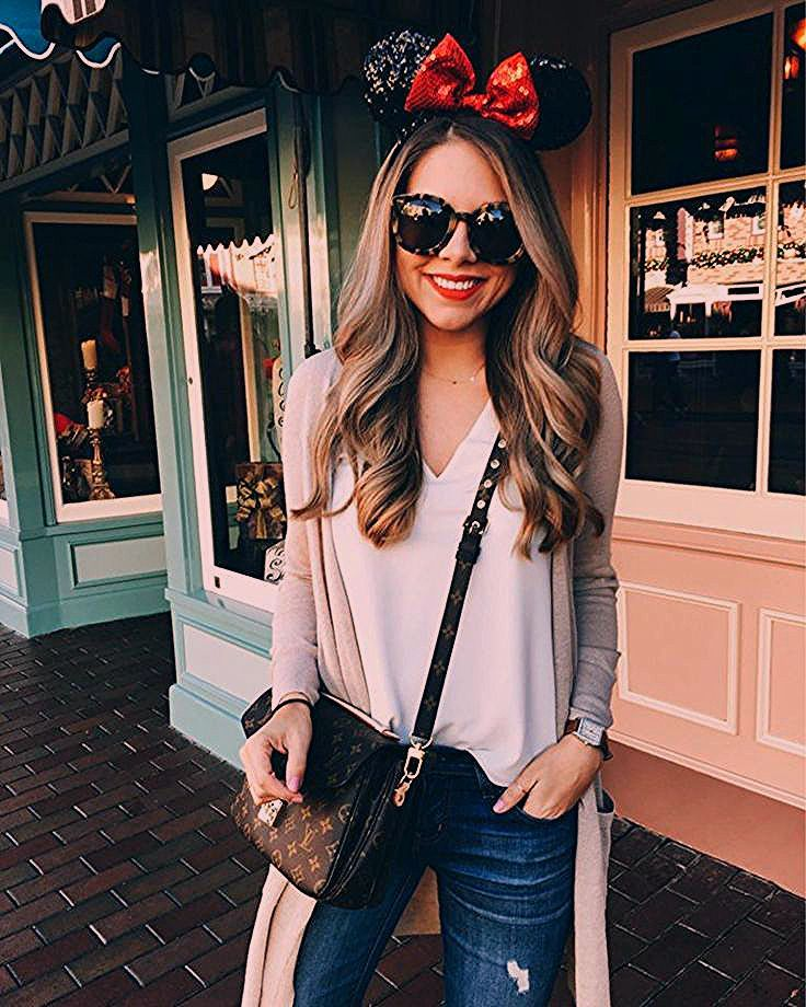 Photo of What to Wear to Disney | The Teacher Diva: a Dallas Fashion Blog featuring Beauty & Lifestyle