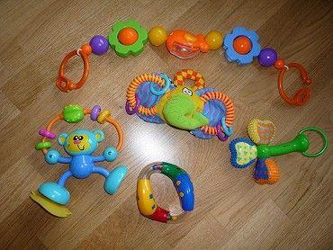 Prodám hračky, chrastítka pro miminko. Jeden kus