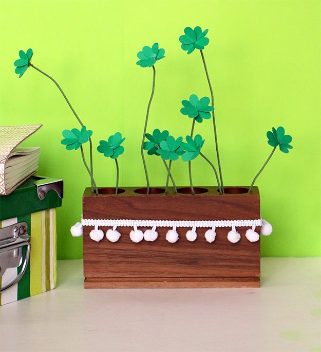 DIY Clover Bouquet for St. Patrick's Day