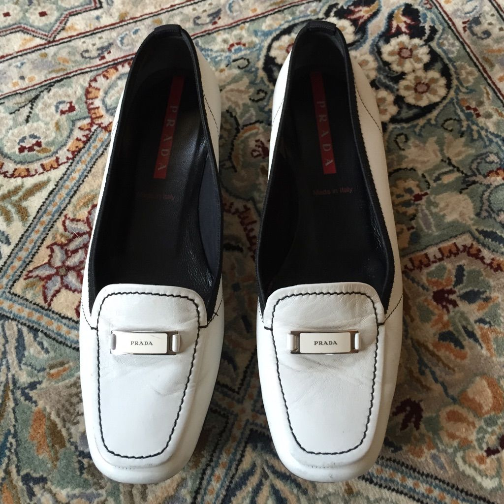 181bbf89ba8 Shop Women s Prada size Shoes at a discounted price at Poshmark.
