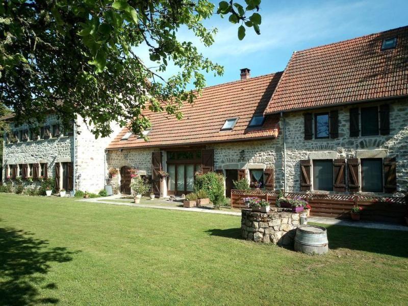 Maison D Hotes Oree Du Parc Location Francophone En 2021 Puy De Dome Maison D Hotes Maison De Caractere