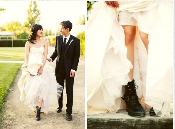 Pin By My Info On Wedding Edgy Wedding Grunge Wedding Black Wedding Dresses