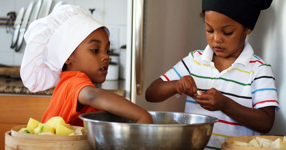 Encourage healthy eating habits keeping kids safe