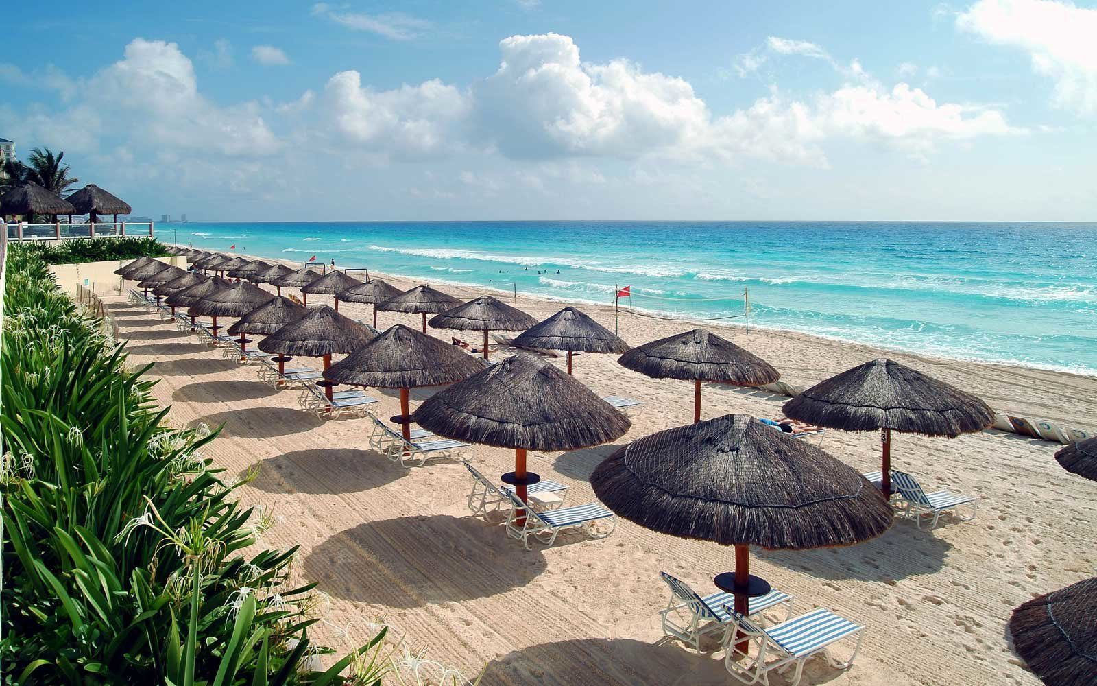 13 Best All Inclusive Resorts In Cancun For Families Couples And Solo Travelers Cancun Resorts All Inclusive Honeymoon Resorts Cancun All Inclusive