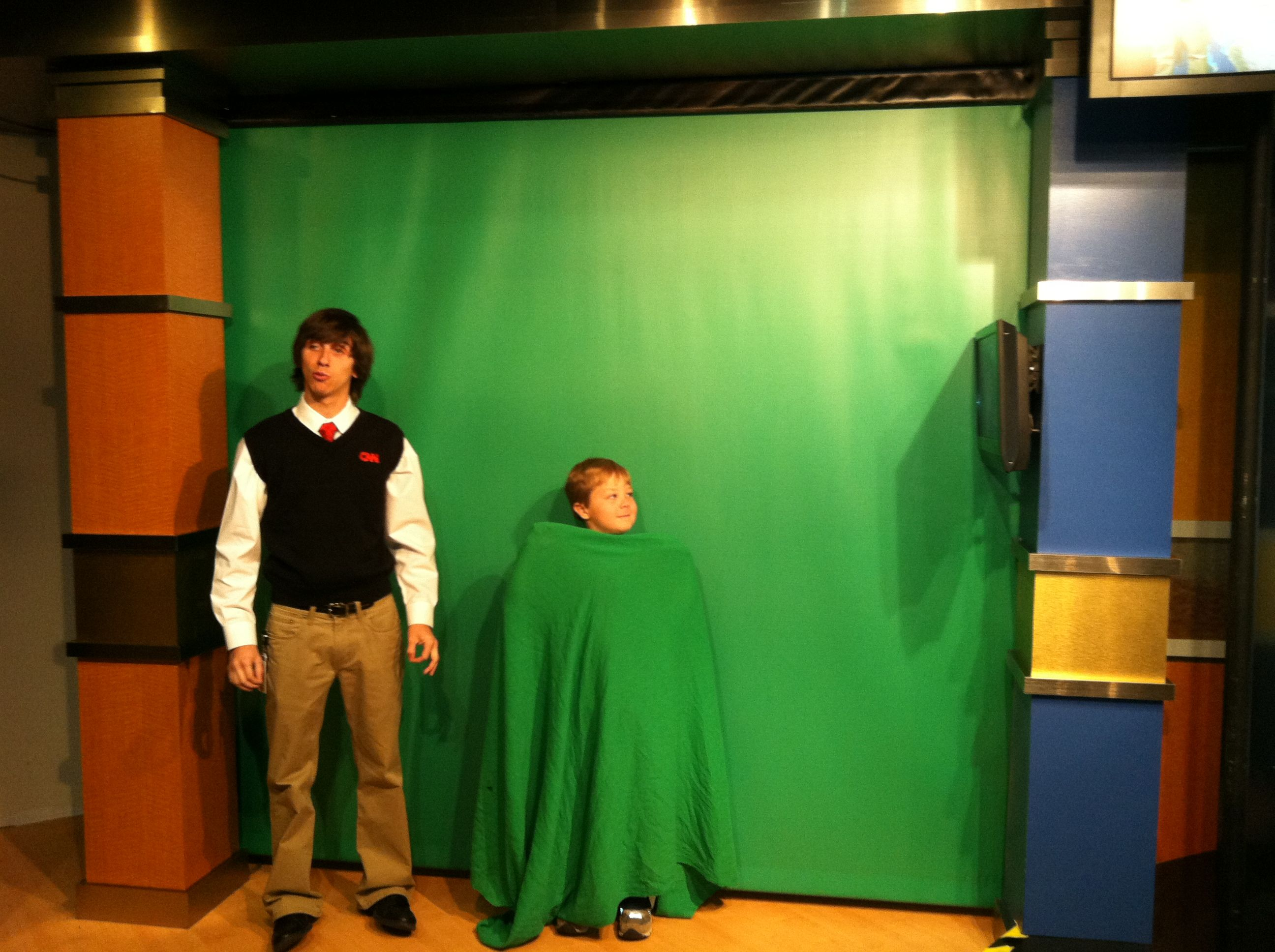 Cnn Studio Tour Kids Can Channel Harry Potter And Disappear Behind A Green Screen Field Trip Trip Family Travel Blog