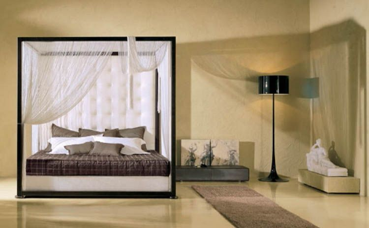 Best Sample Canopy Bed For Luxury Elegant Bedroom Canopy 640 x 480