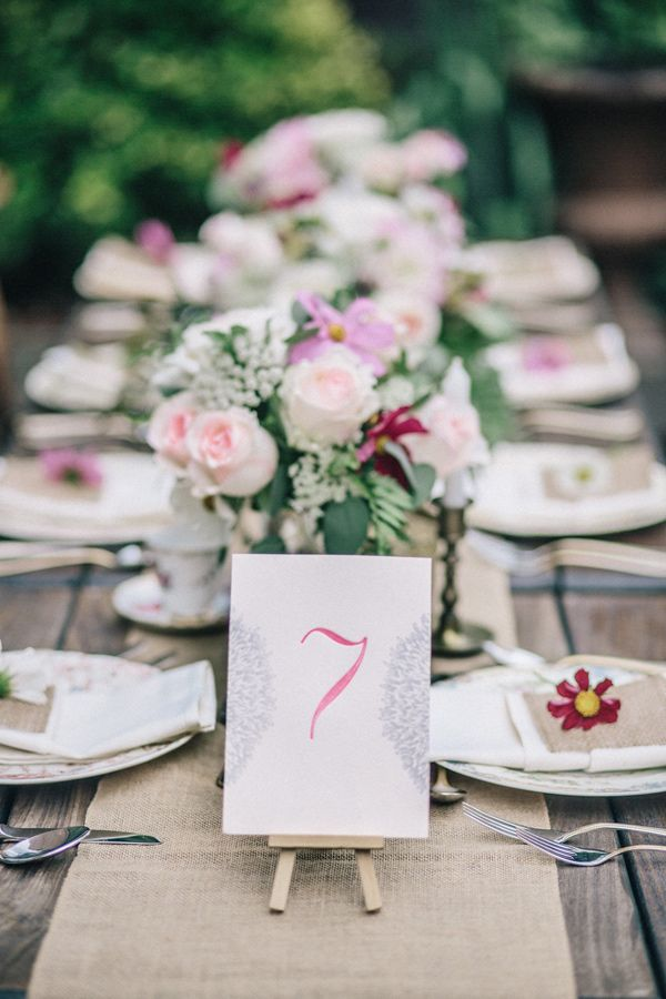 Table Number On An Easel Photo By Diane Hu Photography Http Rufflebdlog