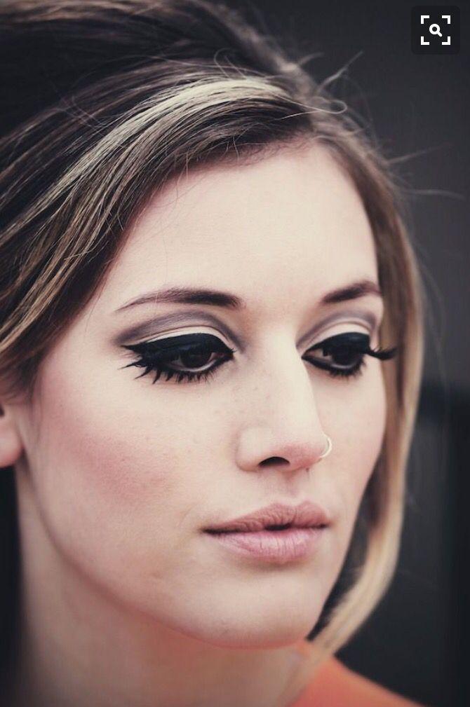 Uitzonderlijk Jaren 60 make-up ✨ | Maquilhagem | 60s makeup, 60s makeup, hair e #BF12
