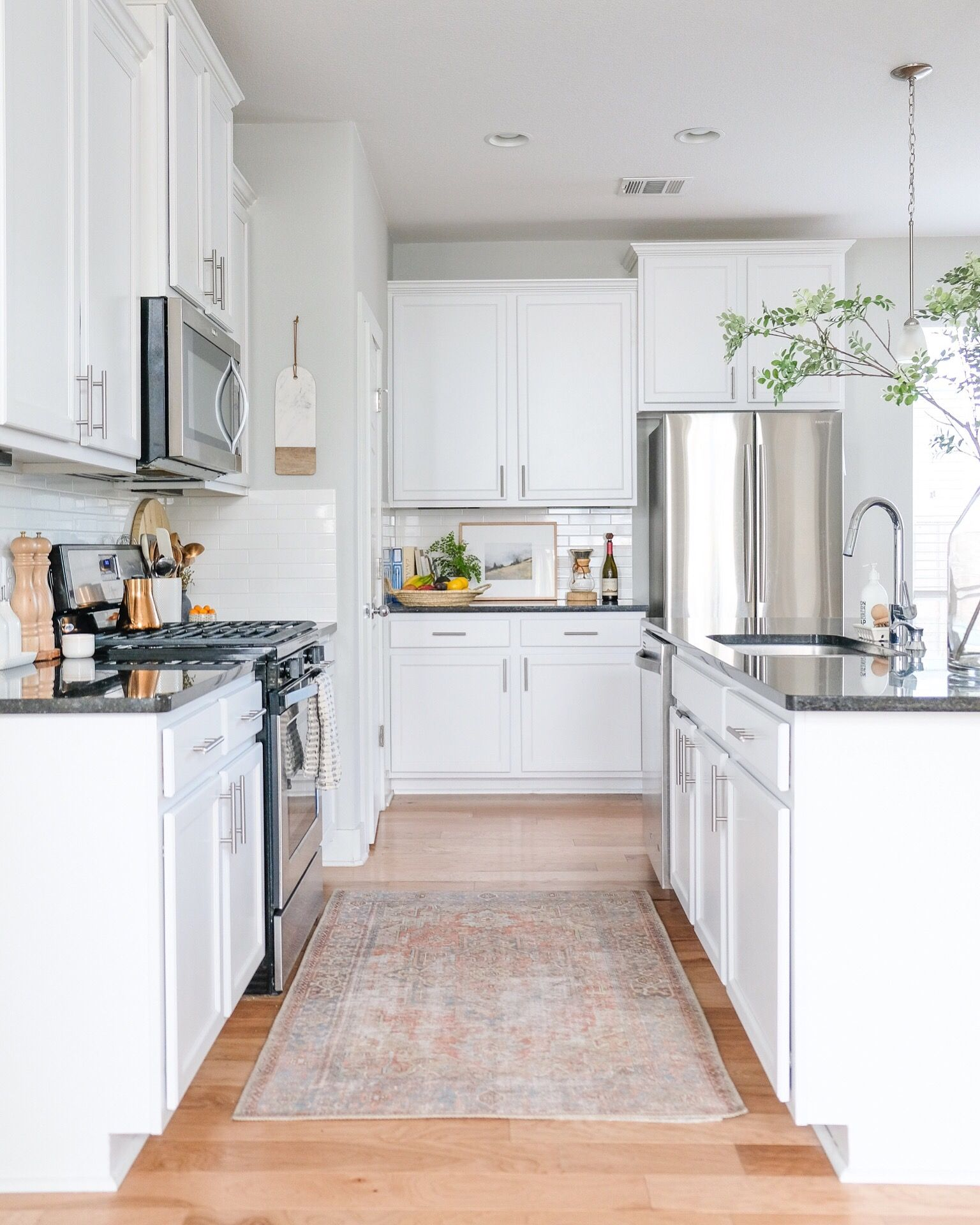 rug can completely transform your kitchen take note renters our rental home also rh pinterest