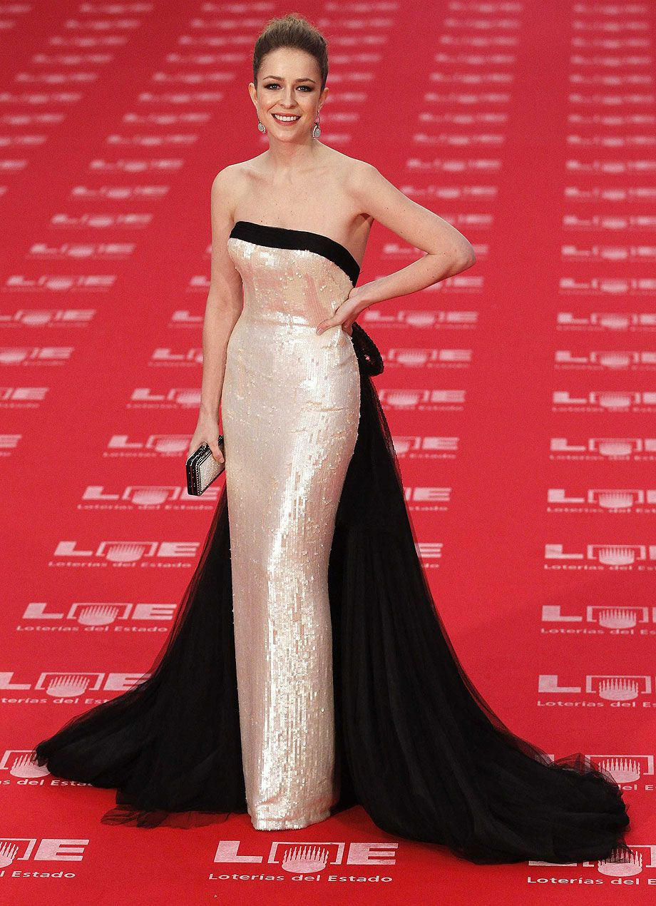 Goya 2011 - Silvia Abascal in a dress by Lorenzo Caprile  76867dd2ee2e