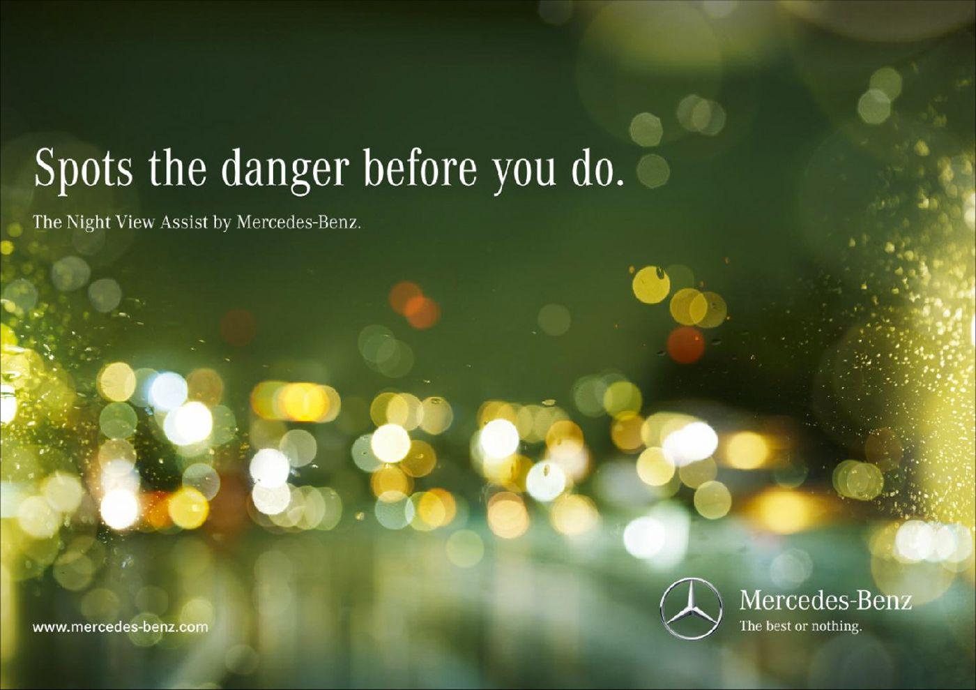Mercedes Night View Assist Deer Spots The Danger Before You Do The Night View Assist By Mercedes Benz