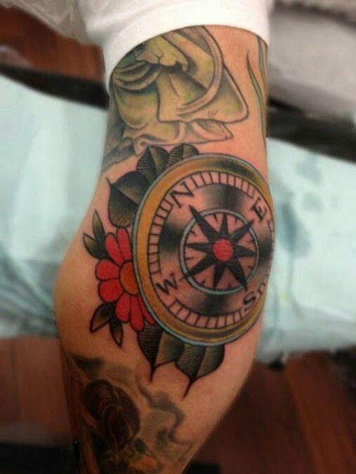 Compass John Pinterest Tatouage Tatouage Bras And Tatouage Homme