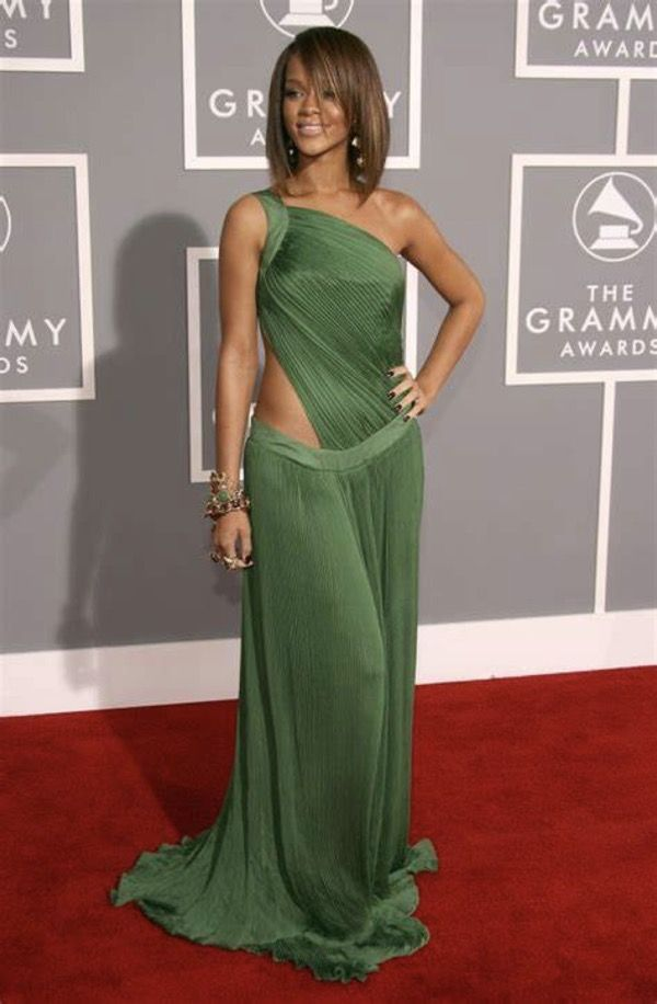 Stunning Photos Of Rihanna Red Carpet Dresses | Amazing ...