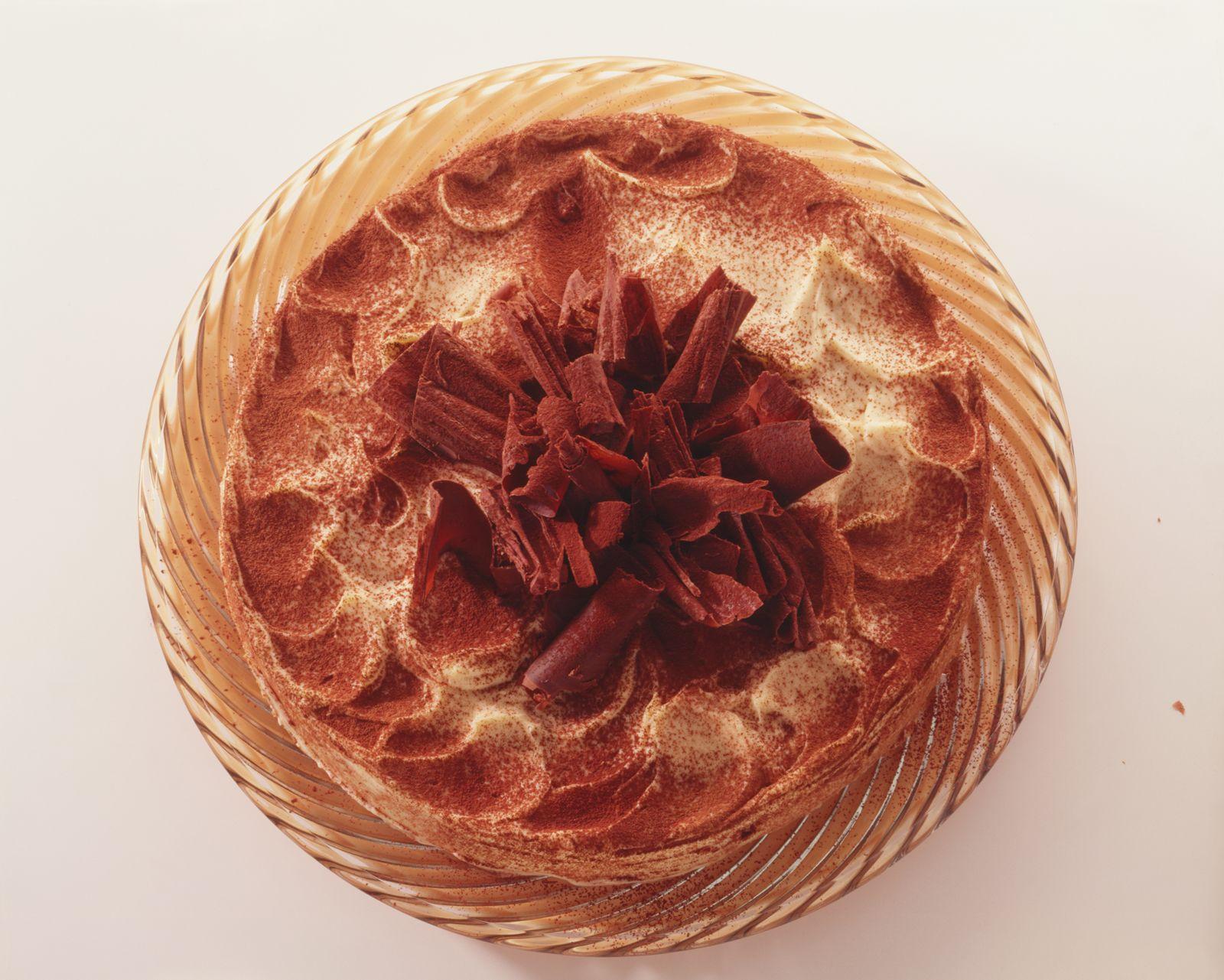 Tiramisu-Torte mit Schokoröllchen - smarter - Kalorien: 313 Kcal - Zeit: 1 Std.   eatsmarter.de