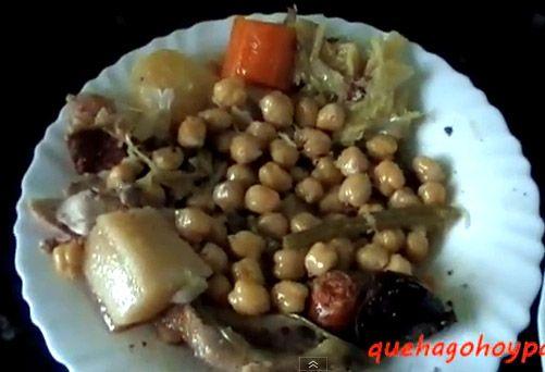 Mi Cocido Madrileño   Desde pequeña fue una de las legumbres que más me gustaban, por no decir la que más. Era una delicia disfrutar los ...