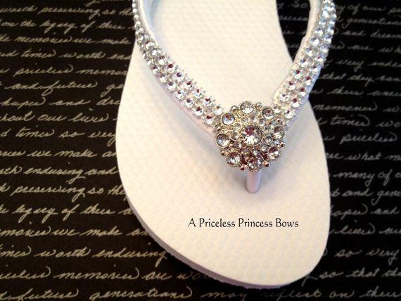 731f48aa4556c7 White Wedding Flip Flops Womens Prom Bridal Bridesmaid Flower Girl Prom  Beach Rhinestone Crystal Embellishment