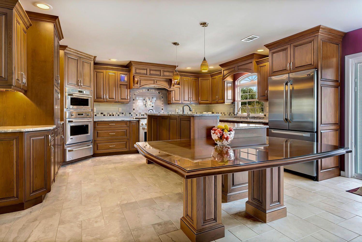 Stunning Cherry Kitchen in Brick Cherry kitchen, Brick