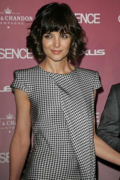 Katie Holmes Hairstyles Endearing Katie Holmes' Layered Bob Haircut  Katie Holmes Perm And Bob Cut