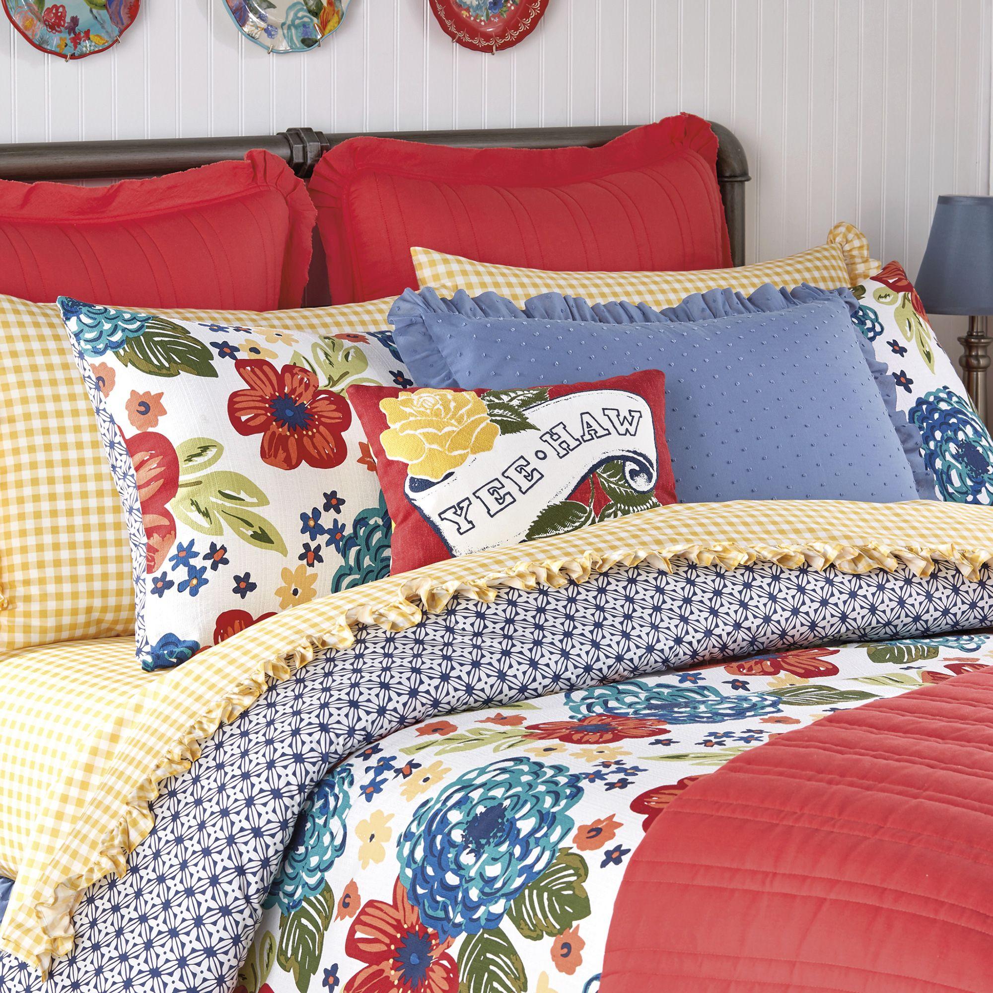 Pioneer Woman Ree Drummond Fall Bedding Line at Walmart   Pioneer woman kitchen, Fall bedding ...
