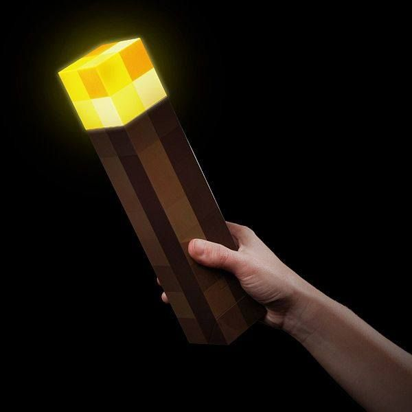 Minecraft Light-Up Torch  Para mais informações clica no seguinte link: http://buff.ly/1dHMDb0  #ToyArt #ThinkGeek #Minecraft